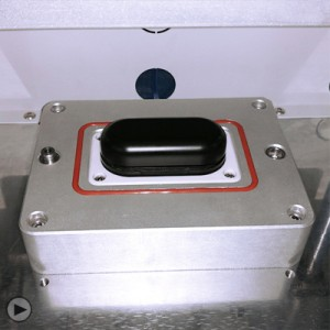 蓝牙耳机电池仓防水检测视频