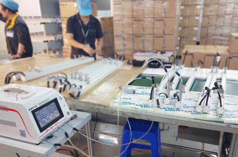 四通道长灯气密性检测设备-海瑞思科技